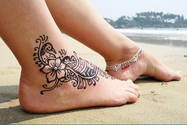 Tatuajes De Henna La Henna Es Un Arbusto De La Planta Lawsonia Inermis